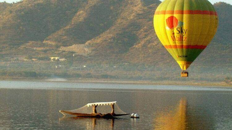 Amount For Hot Air Balloon in Rajasthan