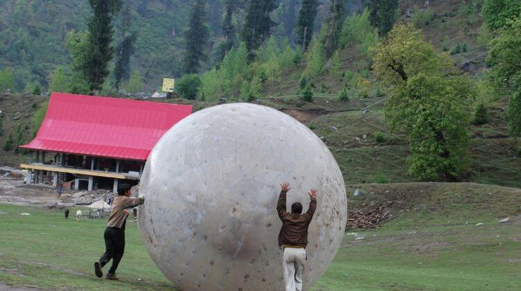 Amount For Zorbing in Manali