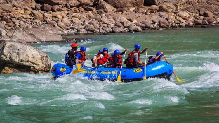 Kashmir Tour Package with River Rafting