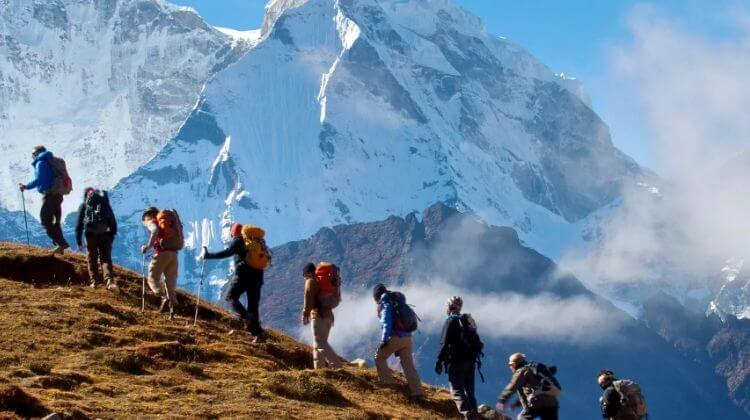 Kashmir Tour Package with Trekking