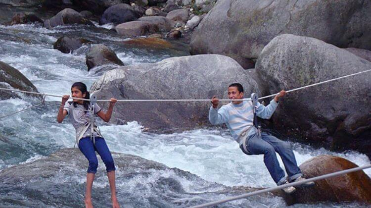 Manali Tour Package with River Crossing