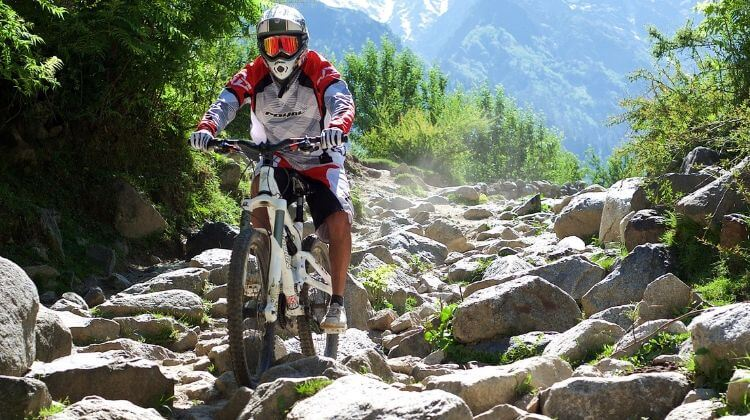 Best Time for Mountain Biking in Manali