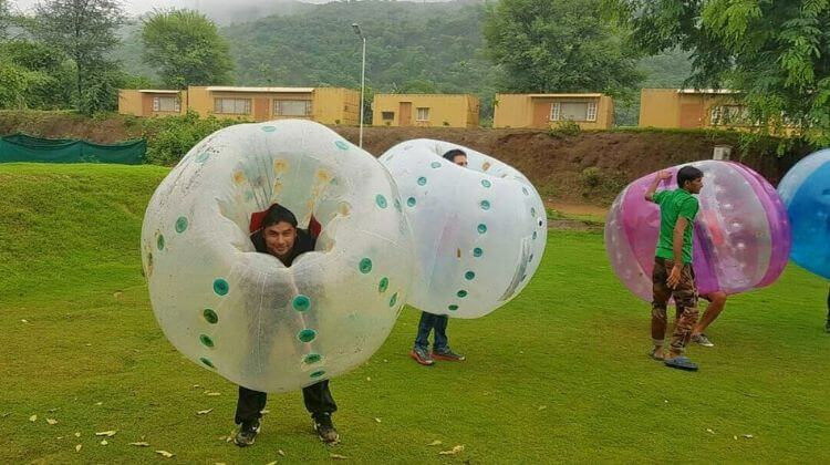 Best Time for Zorbing in Manali